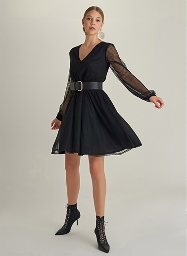 NGSTYLE Puantiyeli Tül Elbise Siyah